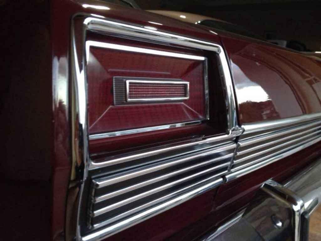 18701 - Ford LTD 1974
