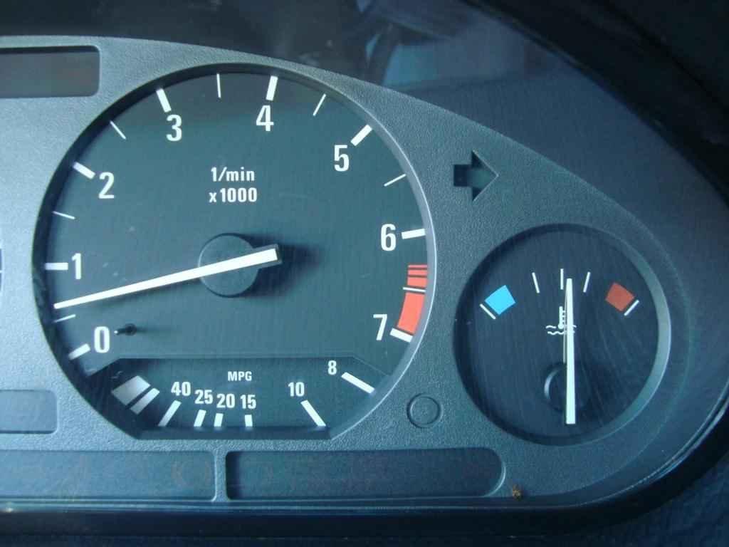 18898 - BMW 325i 1992 23.000 milhas