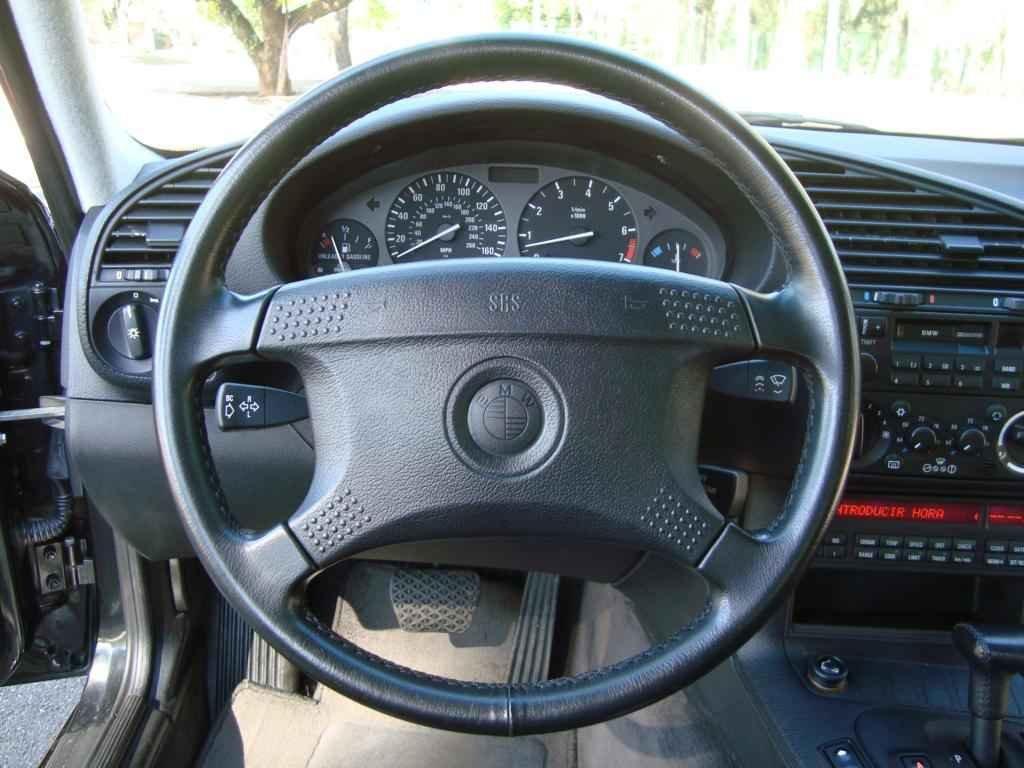 18913 - BMW 325i 1992 23.000 milhas