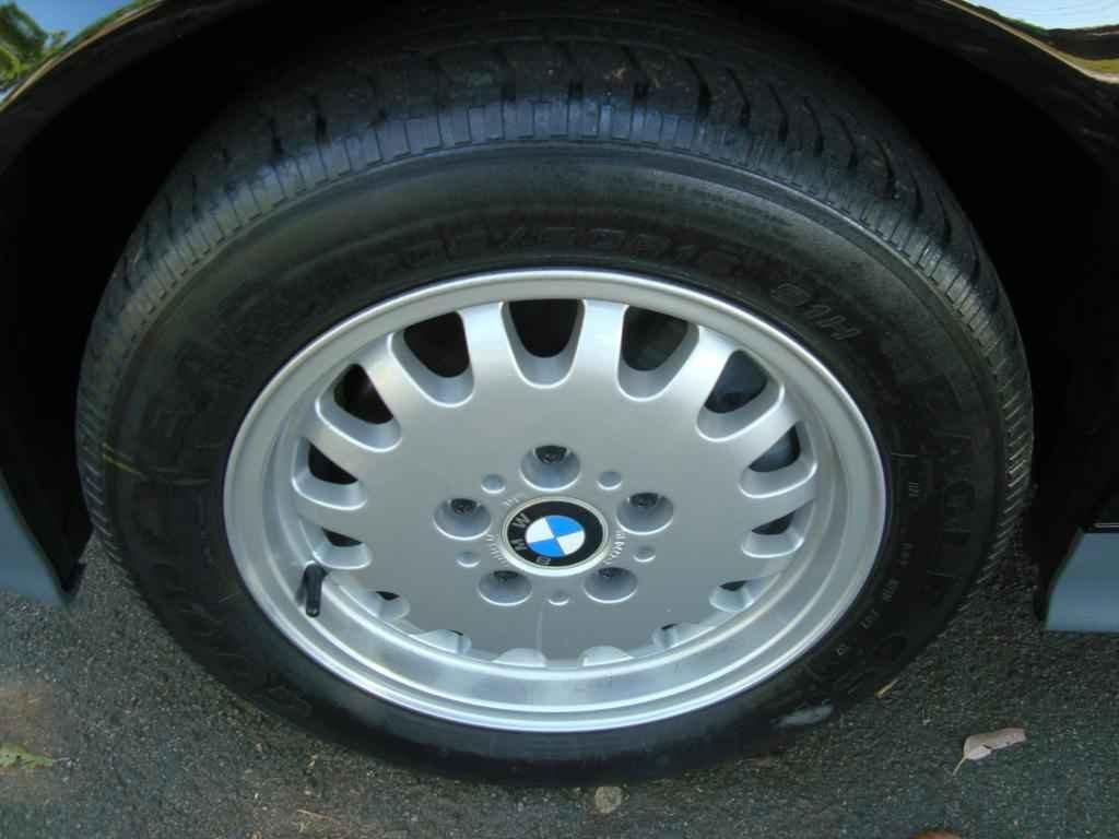 18922 - BMW 325i 1992 23.000 milhas