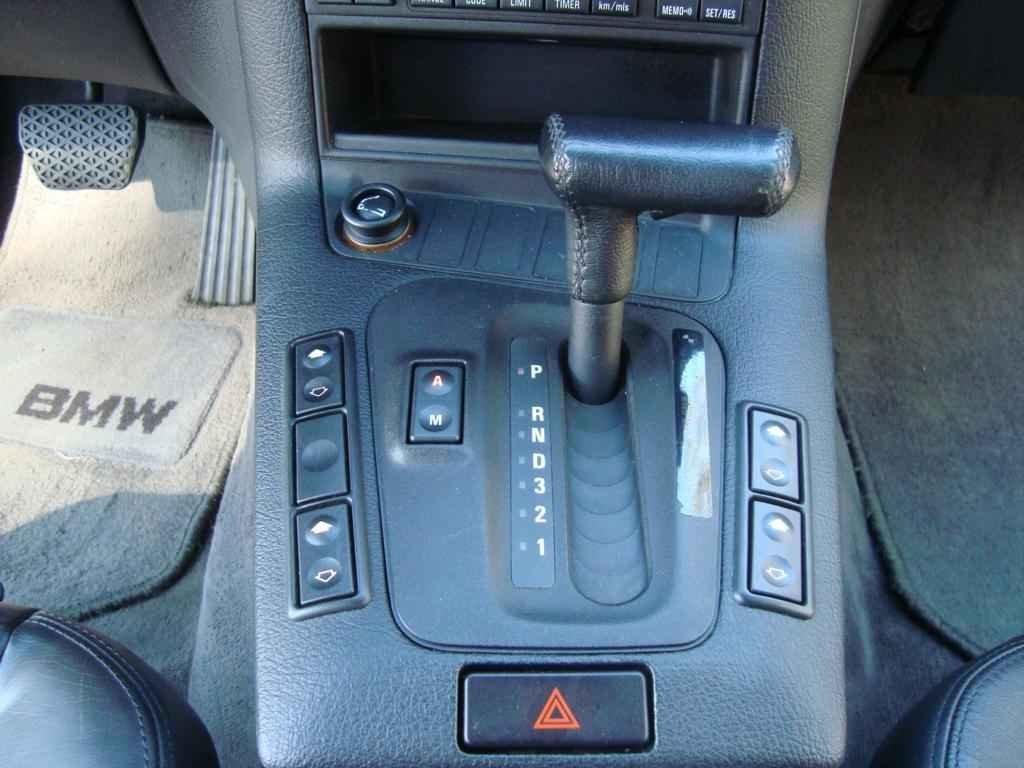 18923 - BMW 325i 1992 23.000 milhas