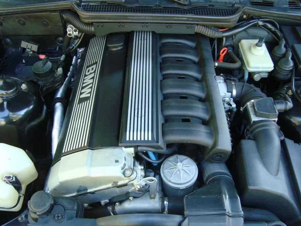 18935 - BMW 325i 1992 23.000 milhas