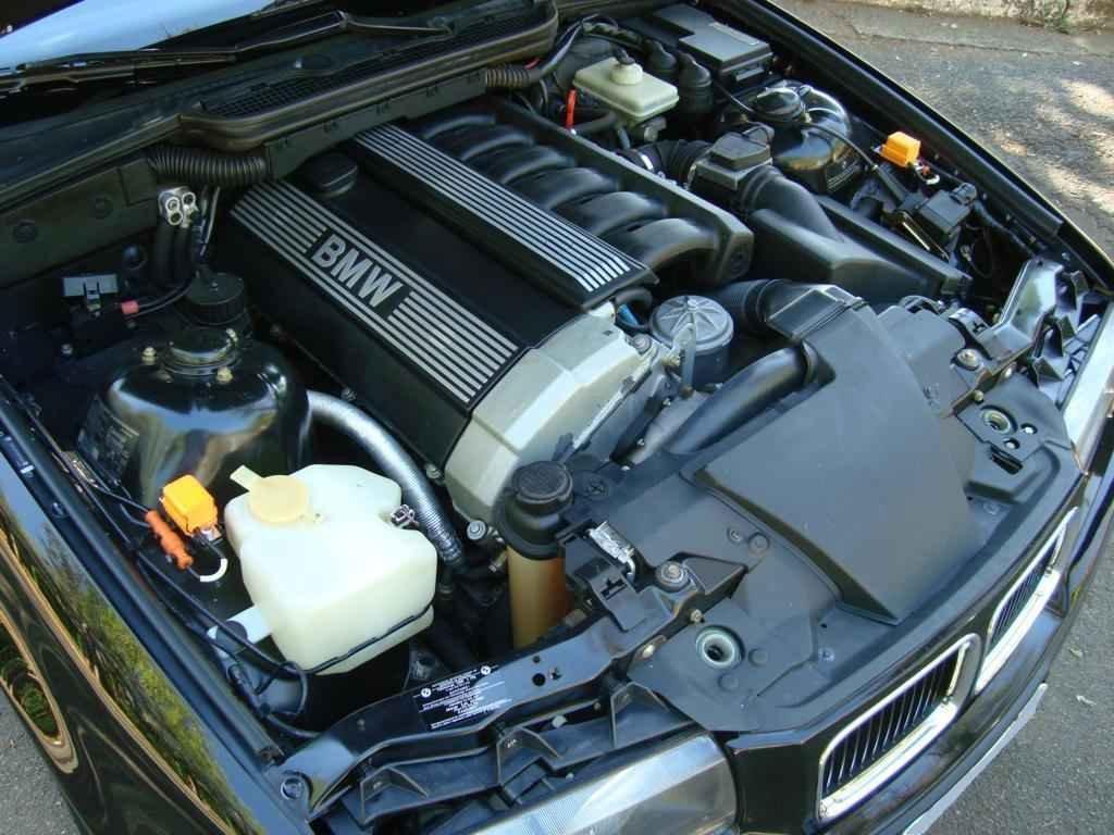 18937 - BMW 325i 1992 23.000 milhas
