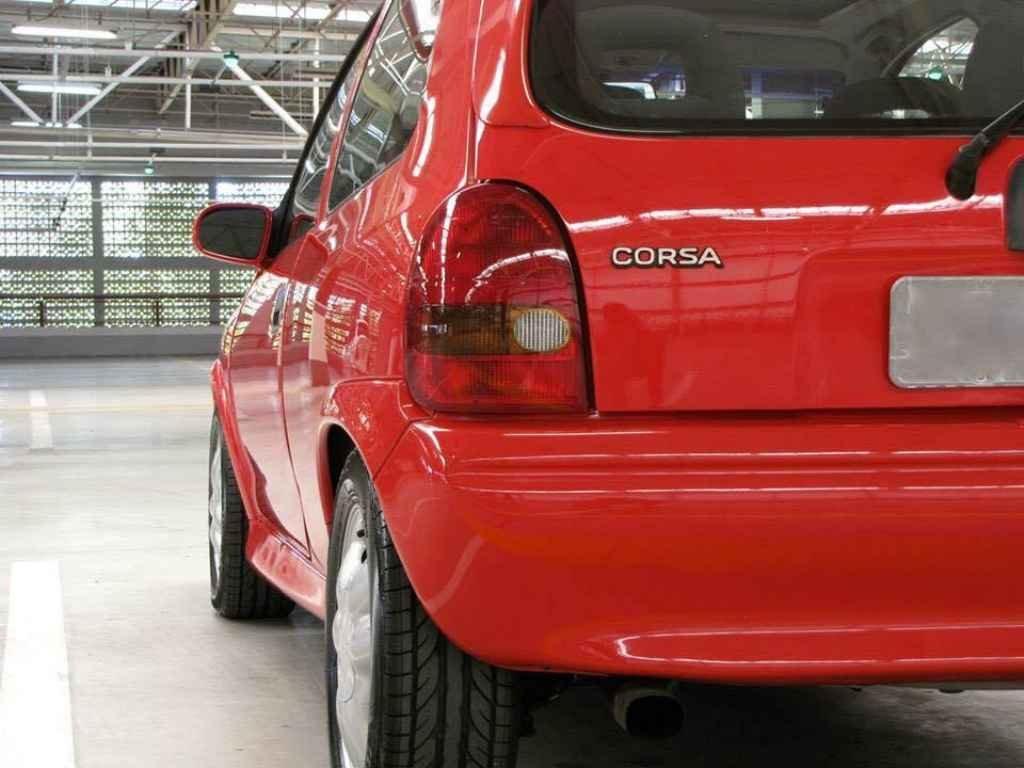 19079 - Corsa GSi 1995