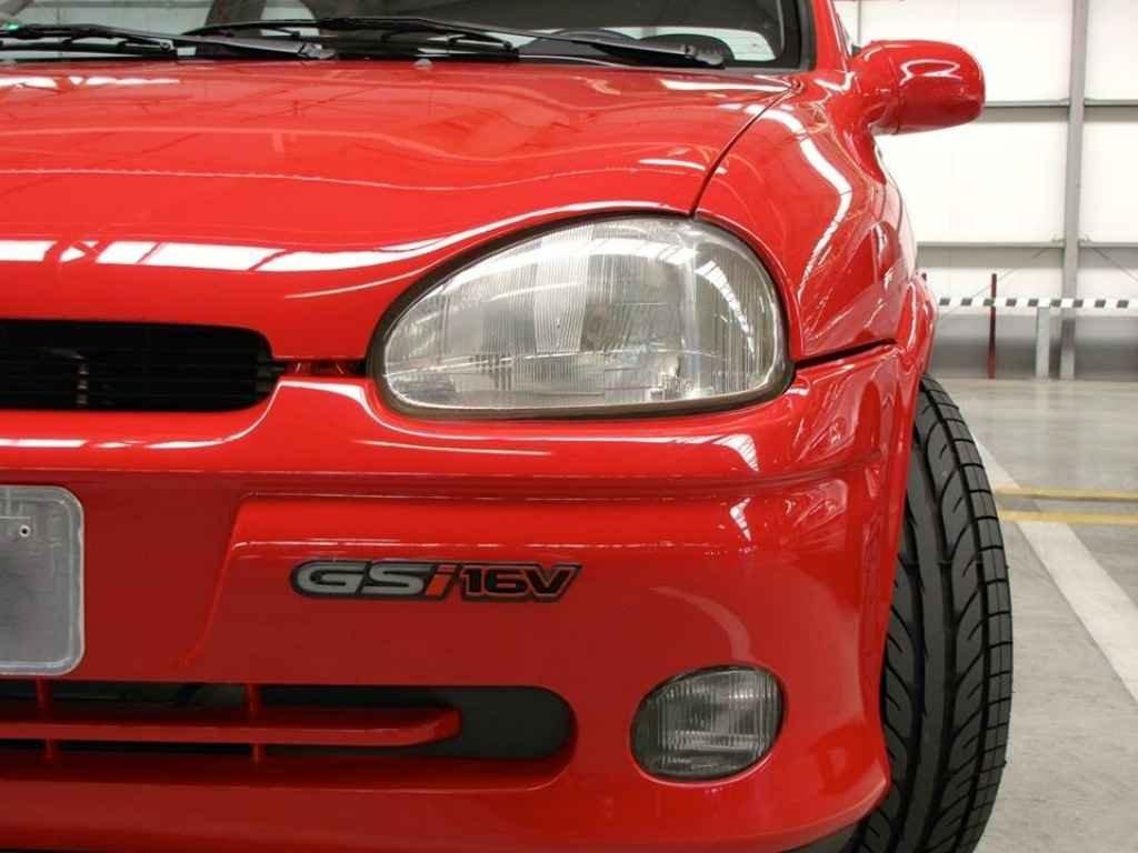 19084 - Corsa GSi 1995