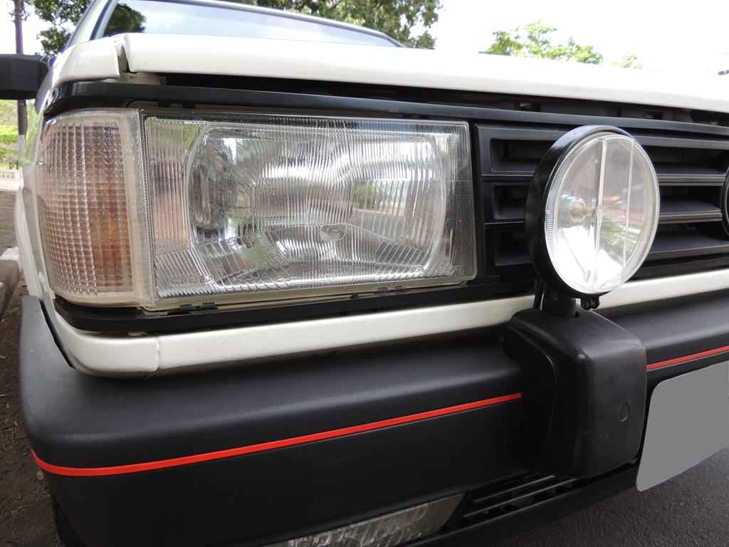 19528 1 - Gol GTS 1990
