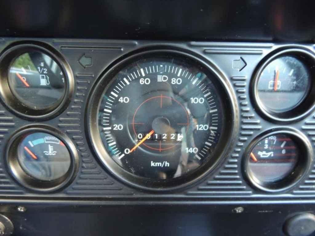 19601 - F-11000 1988 0km em 2013