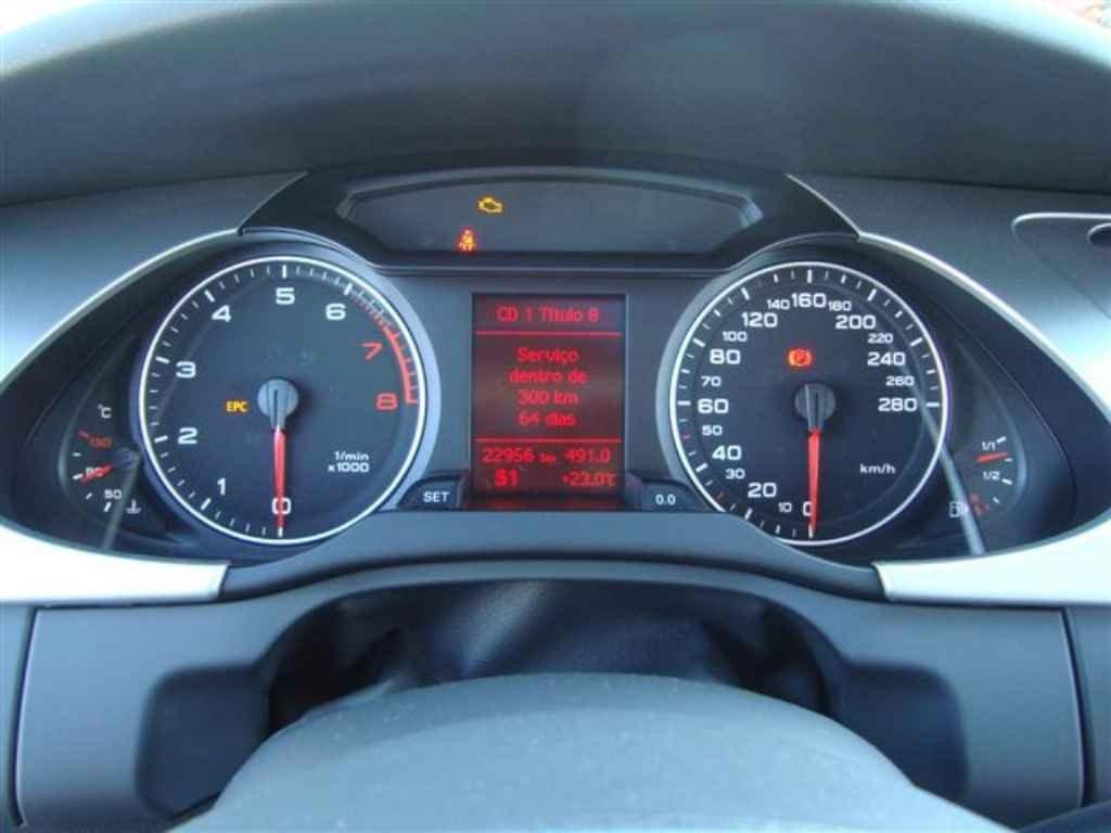 19820 1 - Audi A4 2.0 T 2011