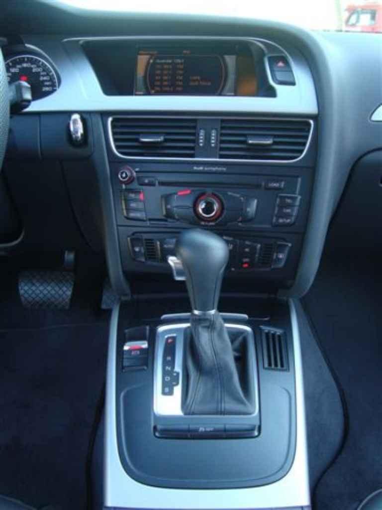 19824 1 - Audi A4 2.0 T 2011