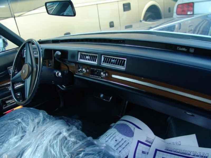 1994 1 - Cadillac de Ville 1974 V8 7.7L