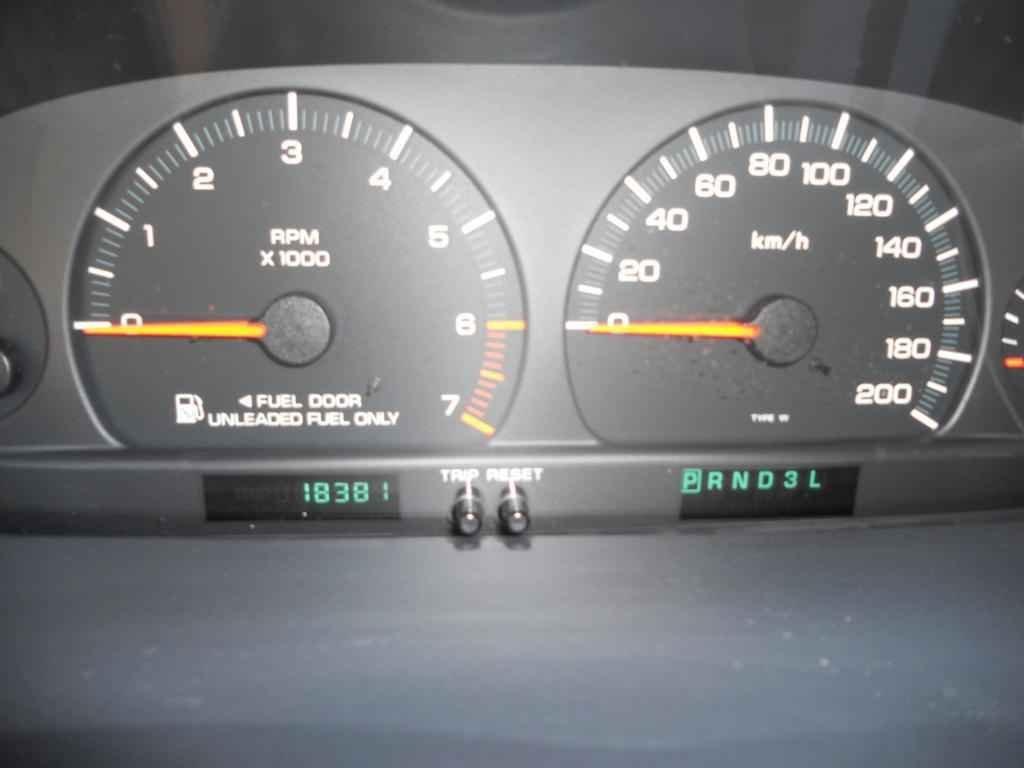 20018 1 - Chrysler Caravan LX 2000