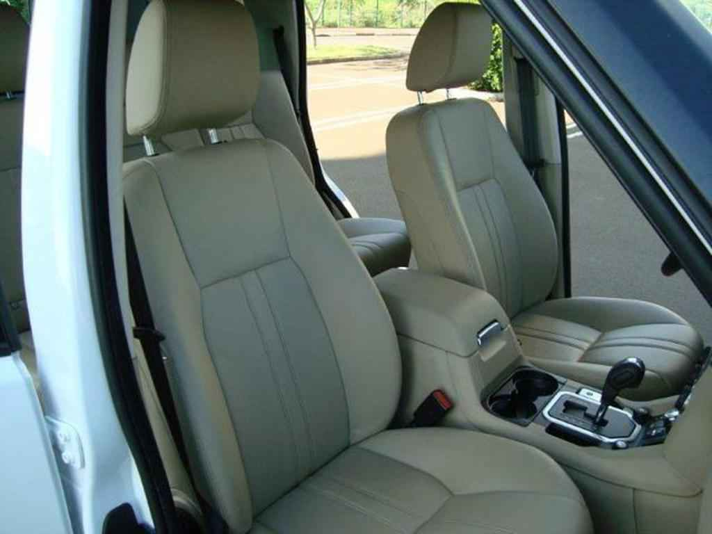 20076 1 - Land Rover Discovery 4