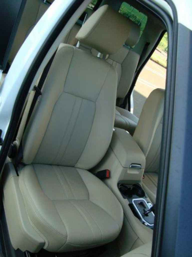20077 1 - Land Rover Discovery 4