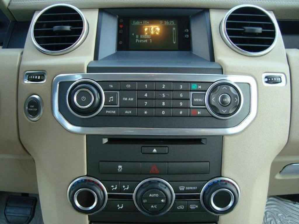 20078 1 - Land Rover Discovery 4