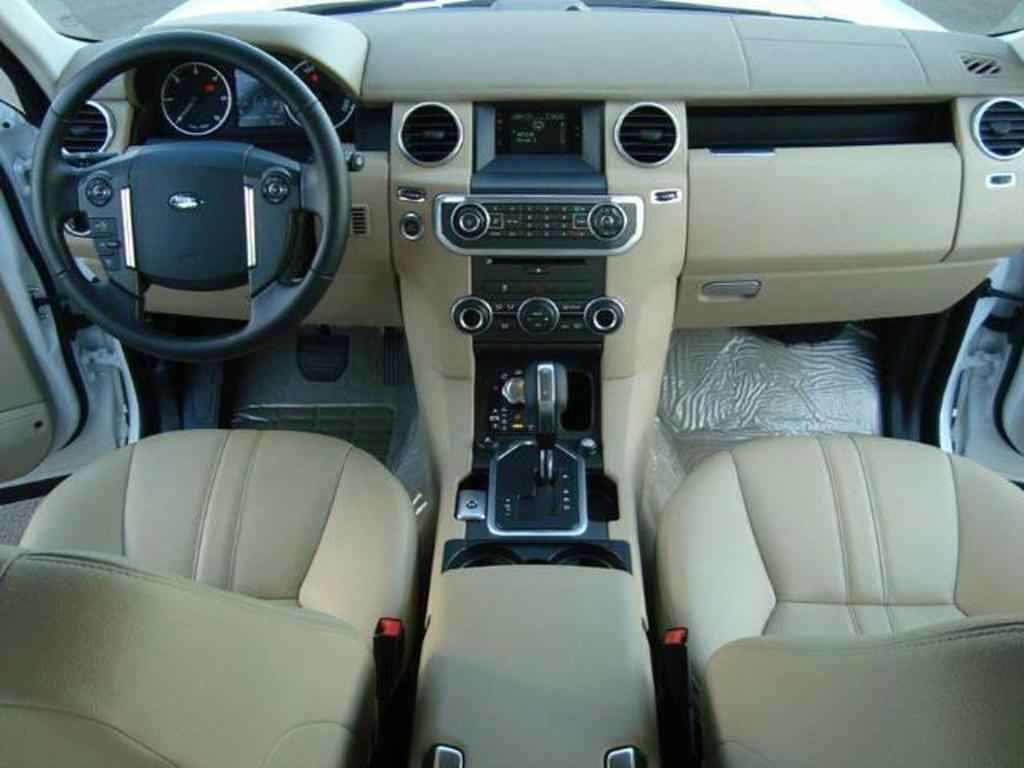 20079 1 - Land Rover Discovery 4
