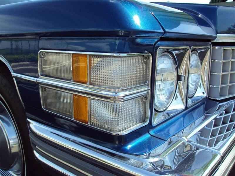 2008 1 - Cadillac de Ville 1974 V8 7.7L