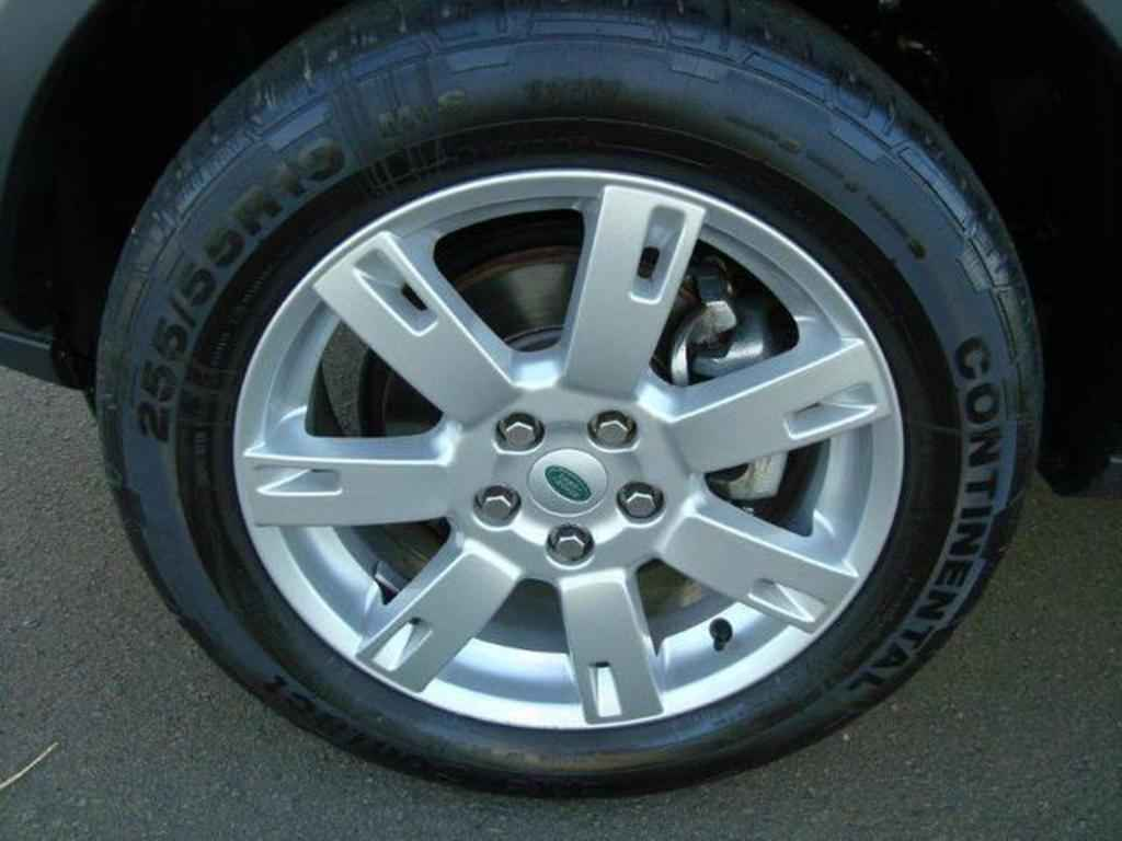 20101 1 - Land Rover Discovery 4