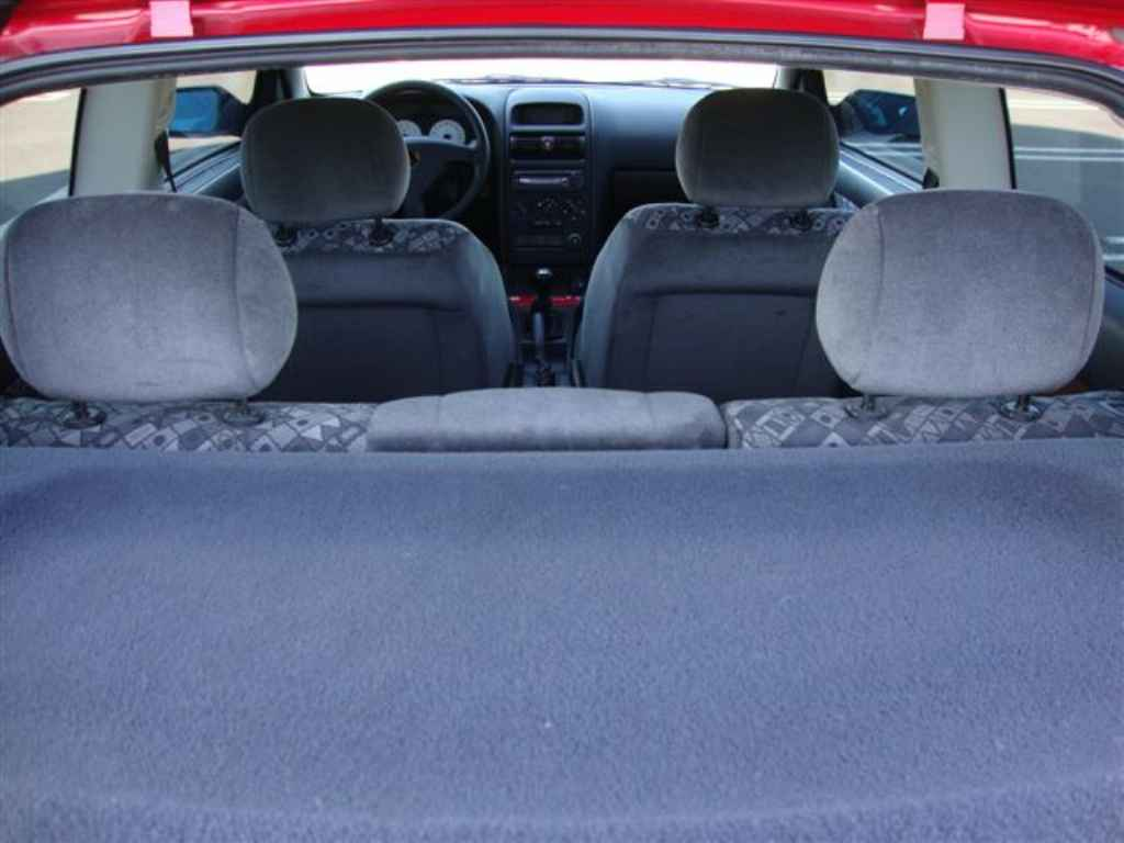 20194 - GM Astra Sport 2001