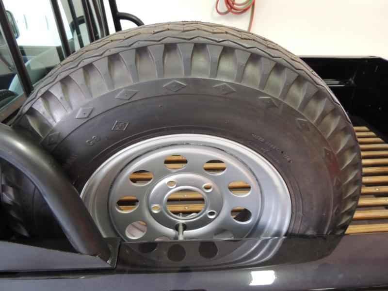 2031 2 - Garagem Camionetes