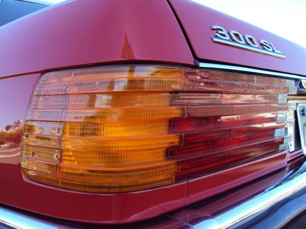 20315 - MB 300SL 1986 com 14.000km em 2010