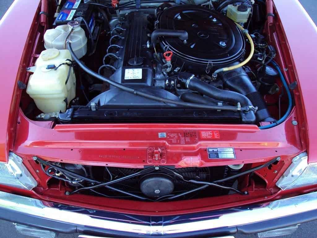 20339 - MB 300SL 1986 com 14.000km em 2010