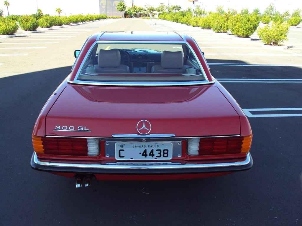 20357 - MB 300SL 1986 com 14.000km em 2010