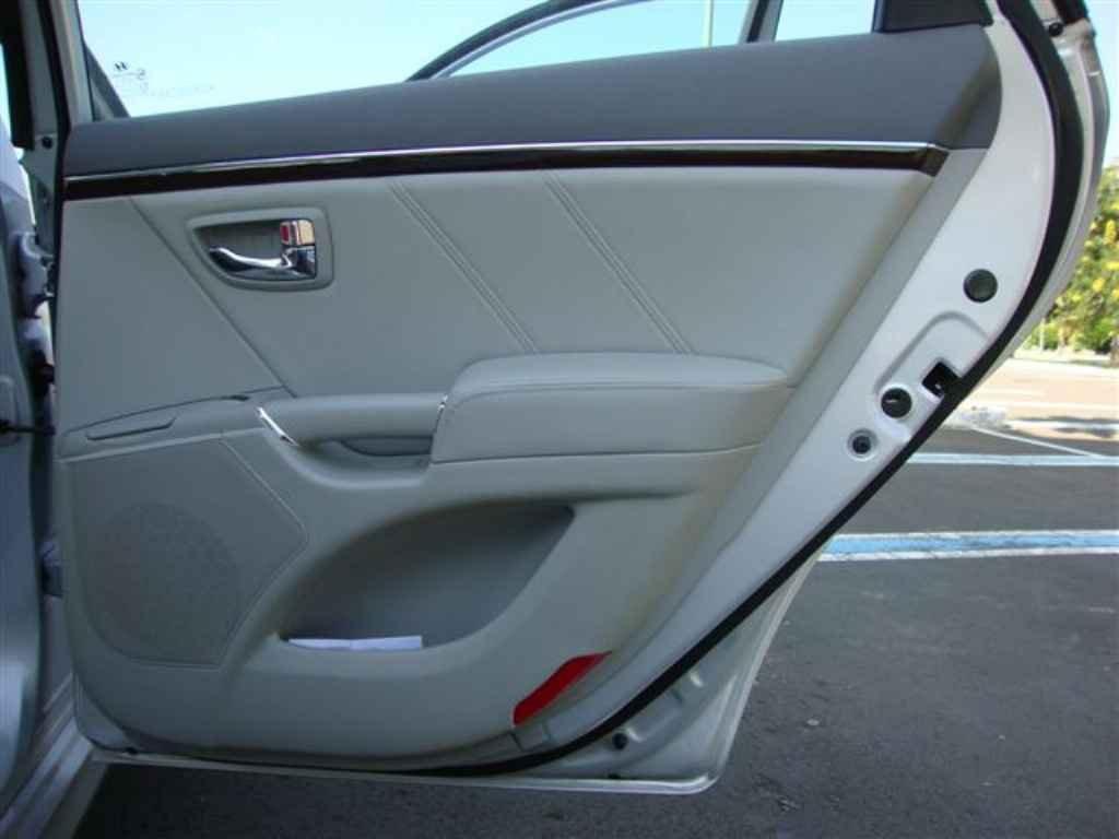 20360 - Hyundai Azera 2011