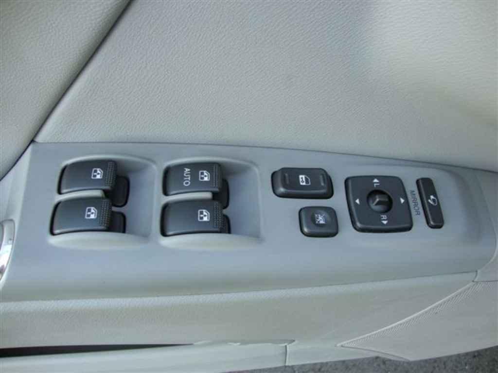 20379 1 - Hyundai Azera 2011