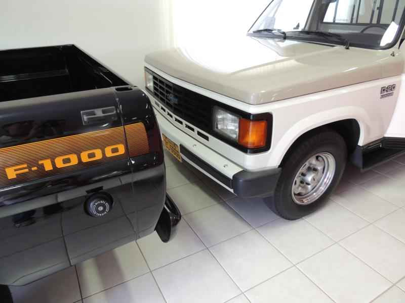 2039 2 - Garagem Camionetes