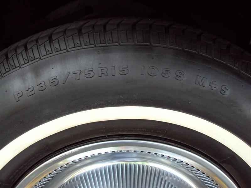 2047 1 - Cadillac de Ville 1974 V8 7.7L