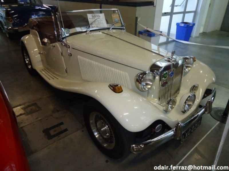 2053 - 21º Encontro Sul Brasileiro de Veículos Antigos