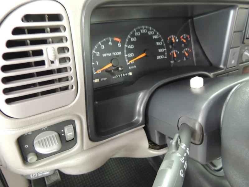 2064 2 - Garagem Camionetes