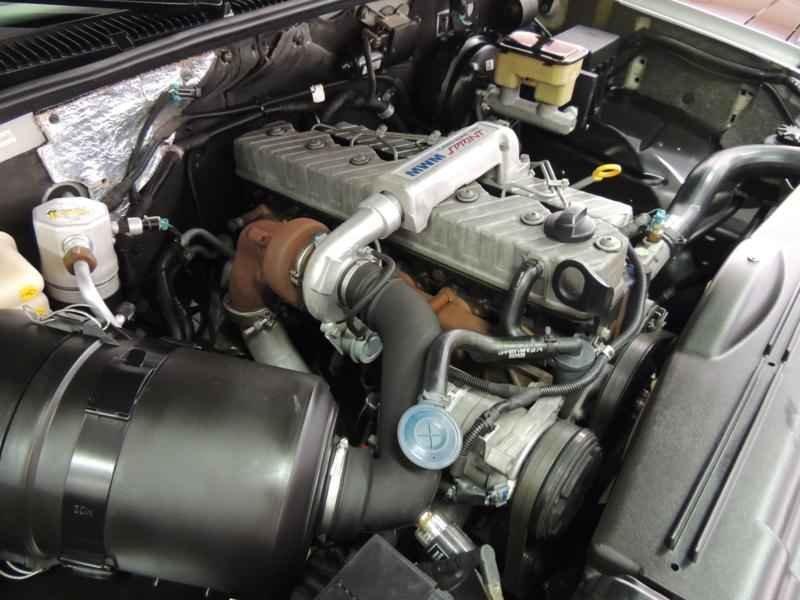 2065 2 - Garagem Camionetes