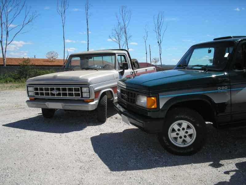 2069 2 - Garagem Ford e GM