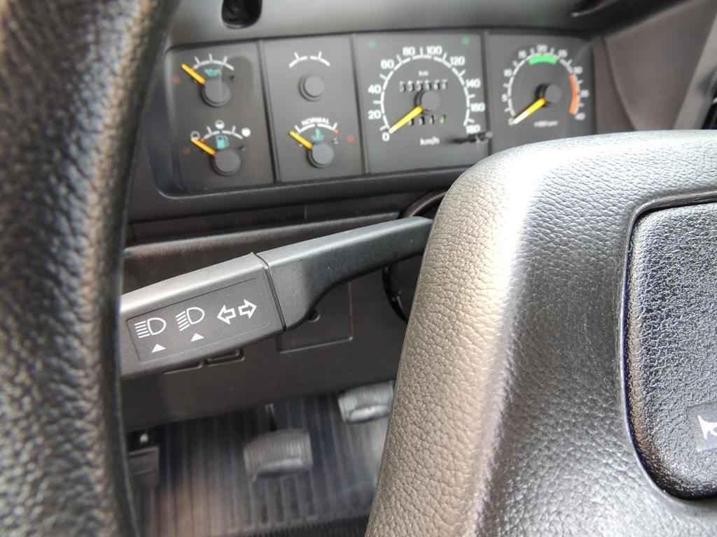 20985 - Ford F-1000 SS 4x4 1995 com 00800 km