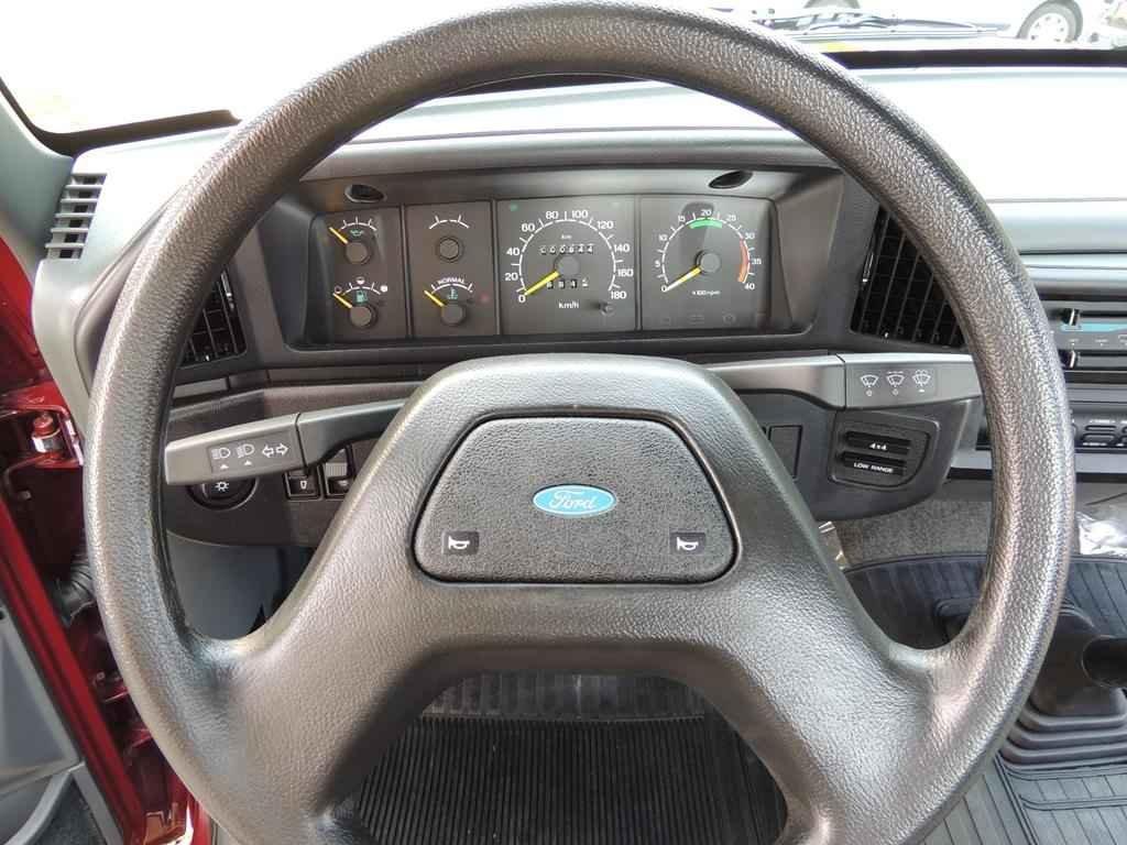 20997 - Ford F-1000 SS 4x4 1995 com 00800 km