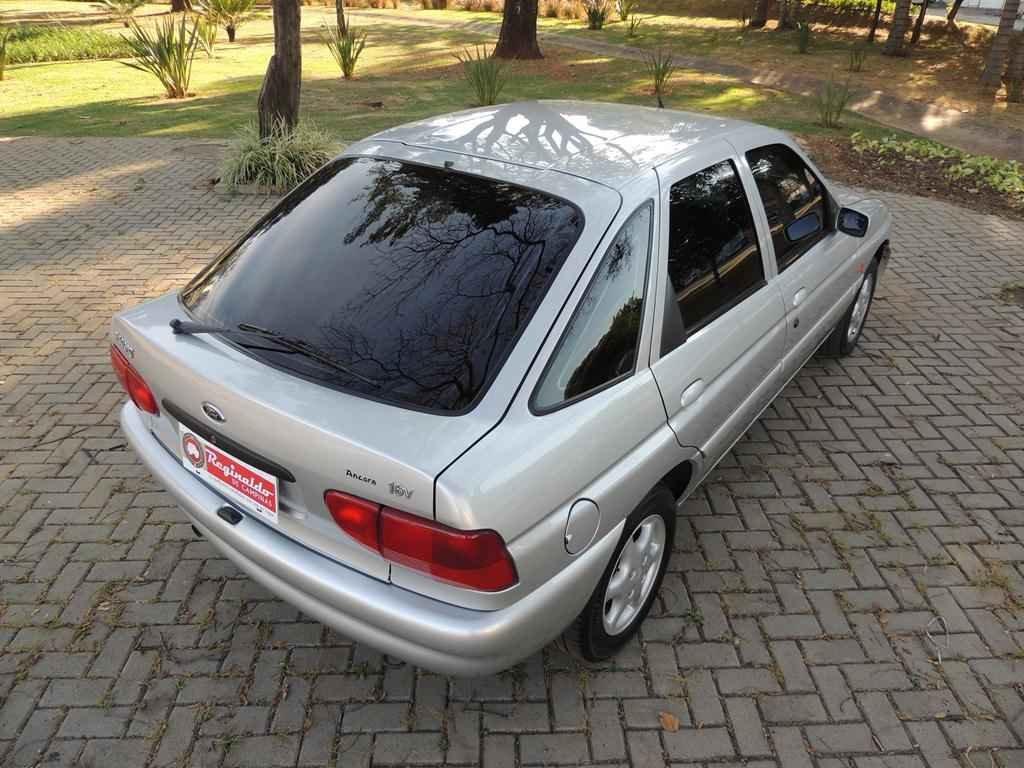21018 1 - Escort GLX 1998