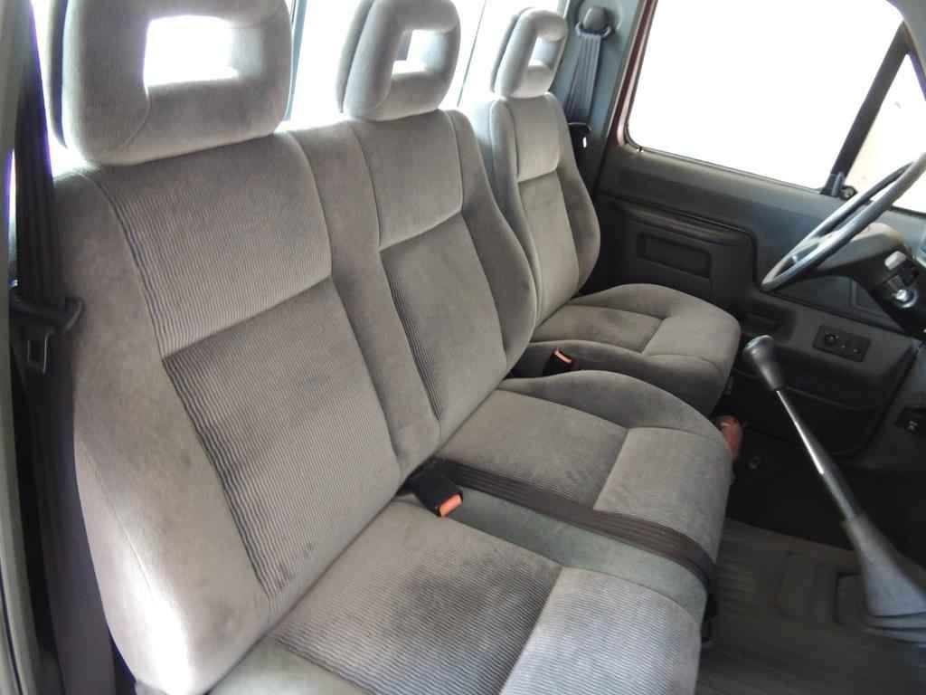 21037 - Ford F-1000 SS 4x4 1995 com 00800 km