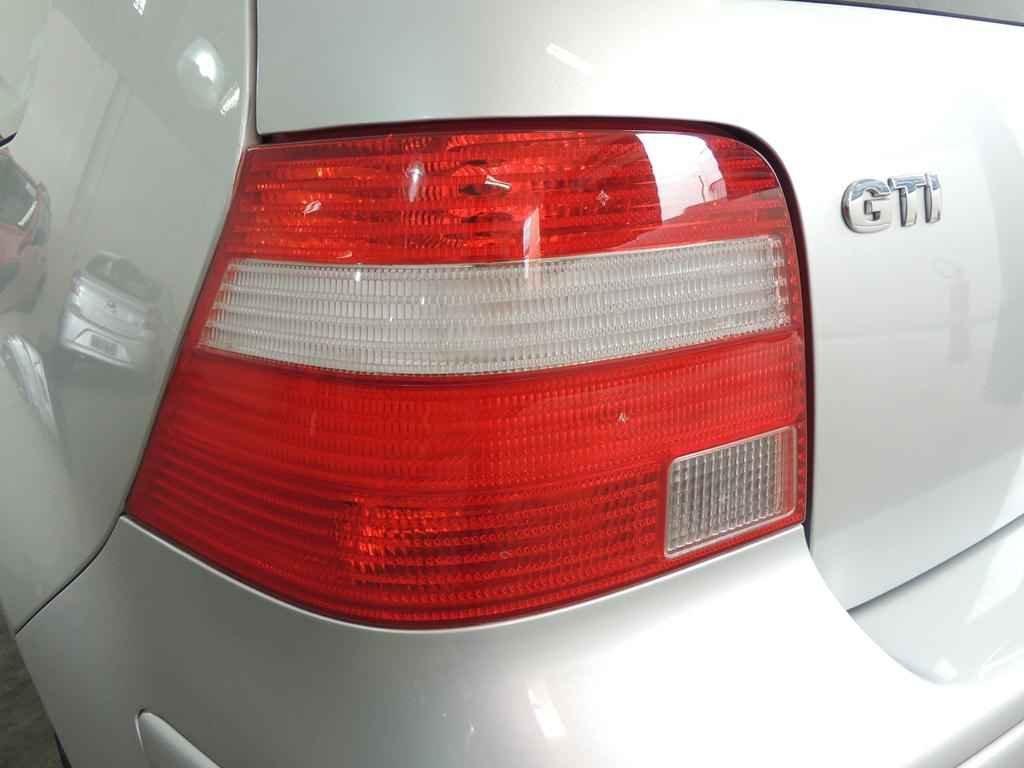 21396 - Golf GTI VR6 2003 19.000 km