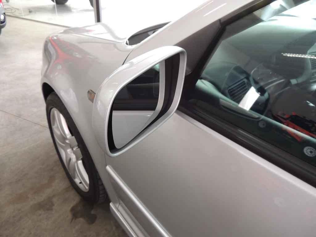 21410 - Golf GTI VR6 2003 19.000 km