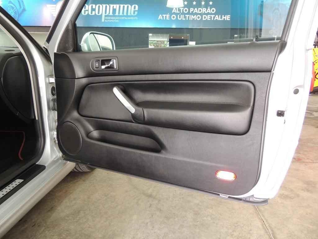 21422 - Golf GTI VR6 2003 19.000 km