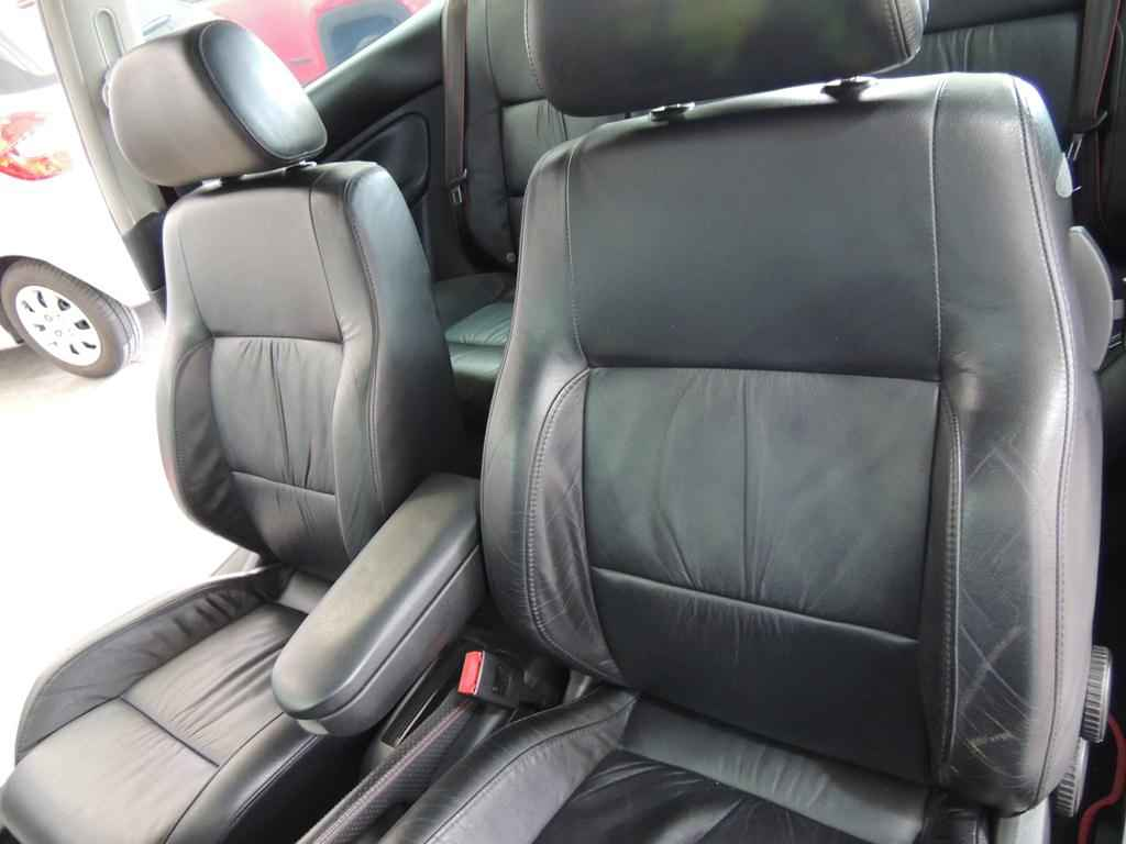 21449 1 - Golf GTI VR6 2003 19.000 km
