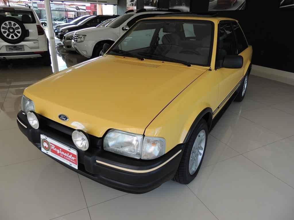 21472 1 - Escort XR3 1989