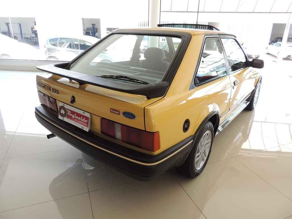 21474 1 - Escort XR3 1989