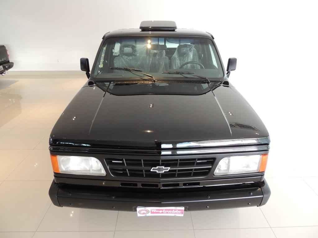 21676 - D20 1995 com 6.800 km