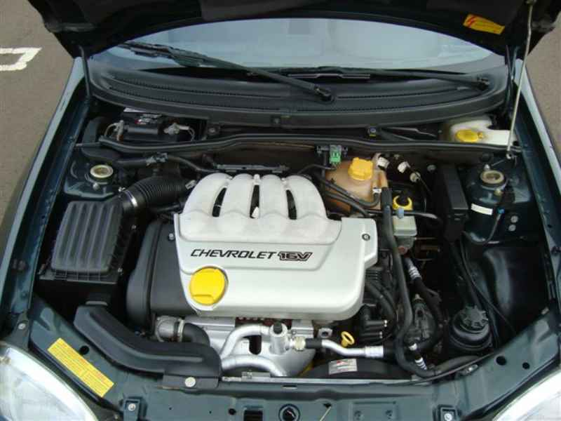2210 1 - Corsa Sedan GLS 1997