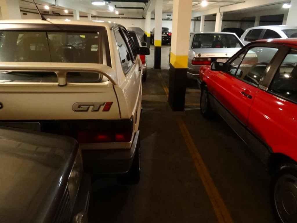 2217 3 - Garagem Volkswagen