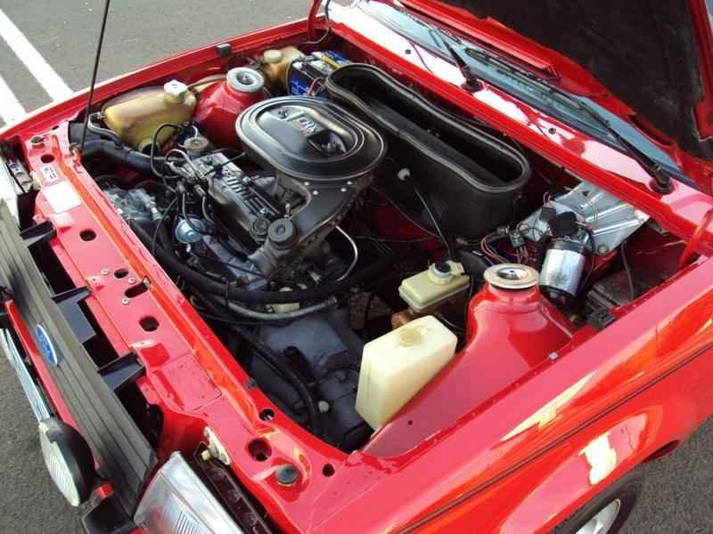 2316 2 - Escort XR3 1986 Conversivel