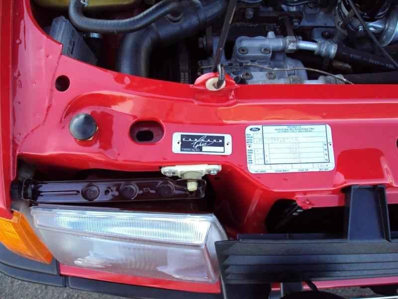 2317 2 - Escort XR3 1986 Conversivel