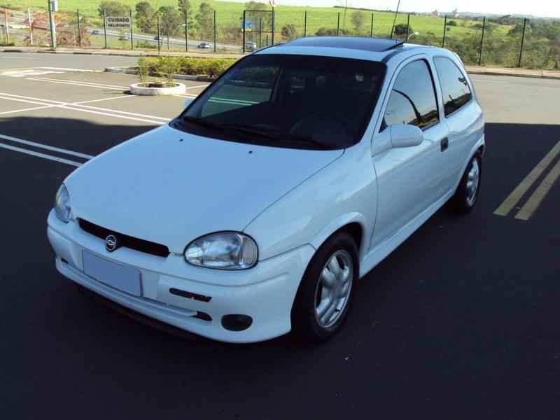 2379 1 - Corsa GSi 1996